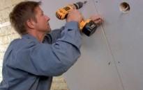 Šikmé strechy – montáž tepelnej izolácie medzi a pod krokvami